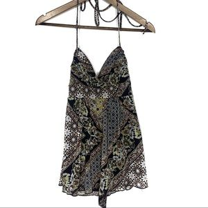 Rampage Floral Paisley Sleeveless Blouse